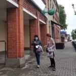 Специалисты КЦСОН Пугачевского района поздравили пугачевцев с Международным днем семьи