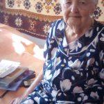 Сотрудники Комплексного центра социального обслуживания населения Пугачевского района поздравили с 90-летием труженицу тыла