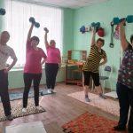 В КЦСОН Пугачевского района прошла силовая тренировка, посвященная Всемирному дню здоровья